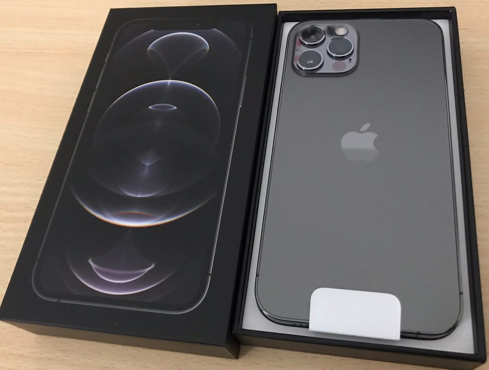 Apple iPhone 12 Pro  128GB = $700USD,iPhone 12 Pro Max  128GB = $750USD, iPhone 12 64GB = $550,  iPhone 12 Mini 64GB = $490USD , WHATSAPP : +27837724253